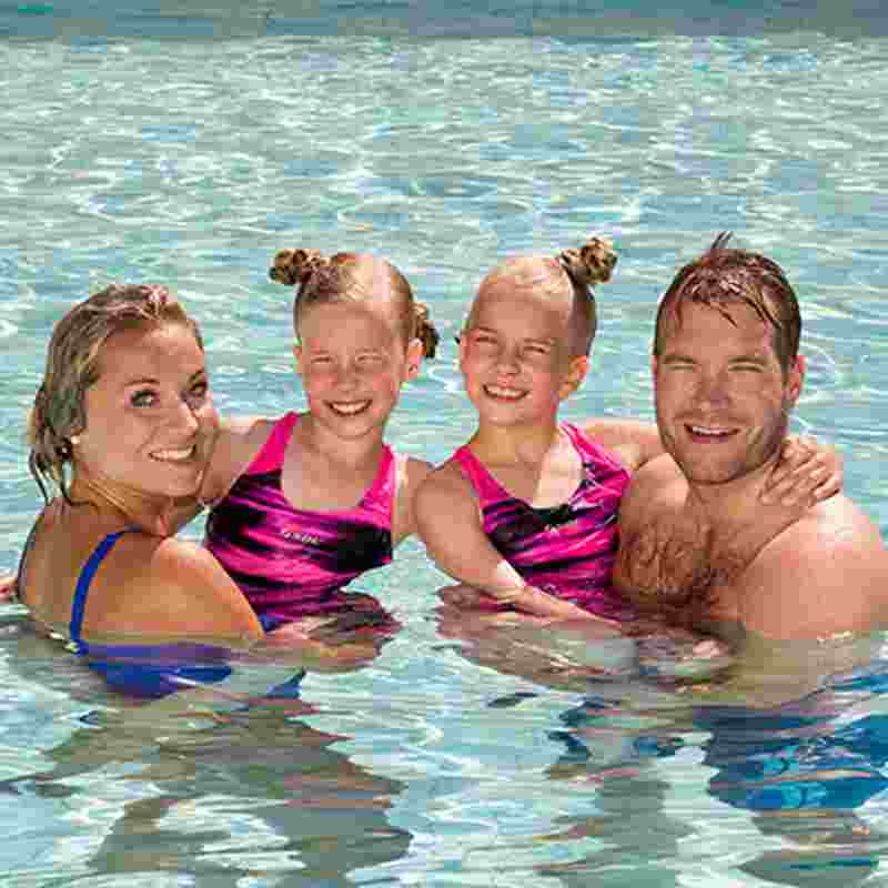 family-in-spa-squ.jpg