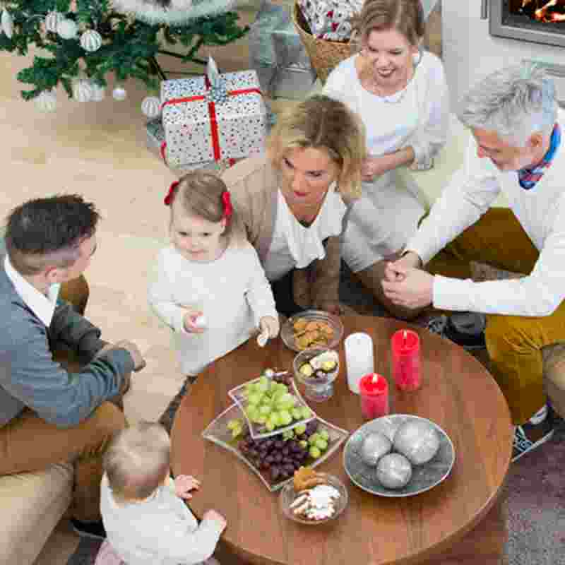 christmas-family-together-squ.jpg