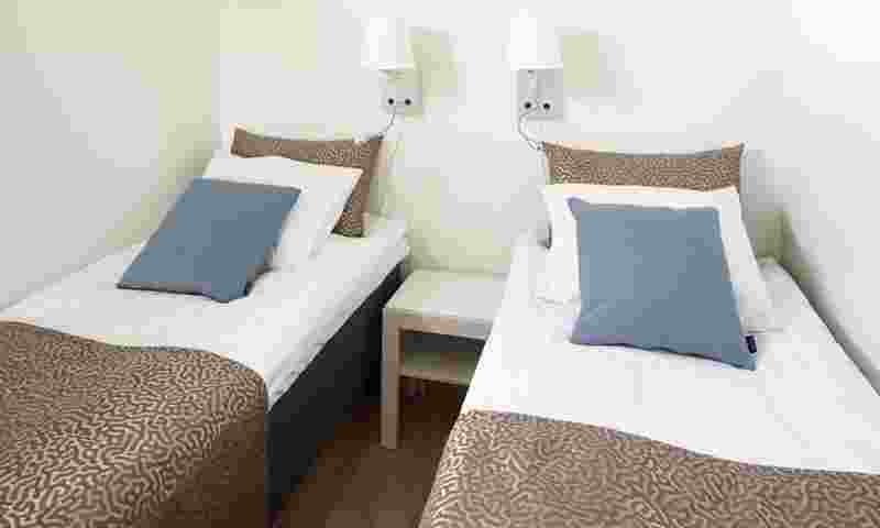 caribia-villas-twin-beds-hor.jpg